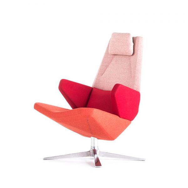 Trifidae armchair