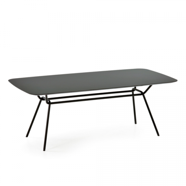 Strain dining table