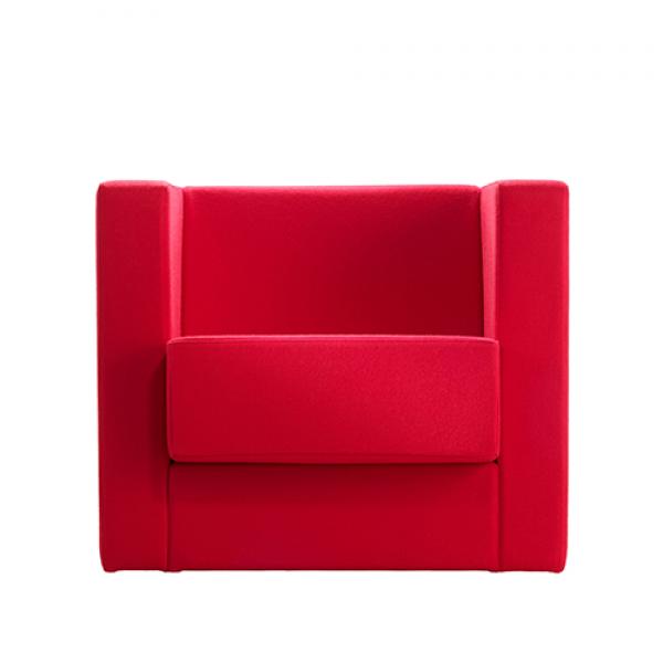 D1 armchair