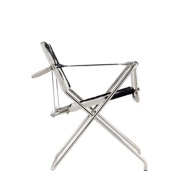 D4 chair