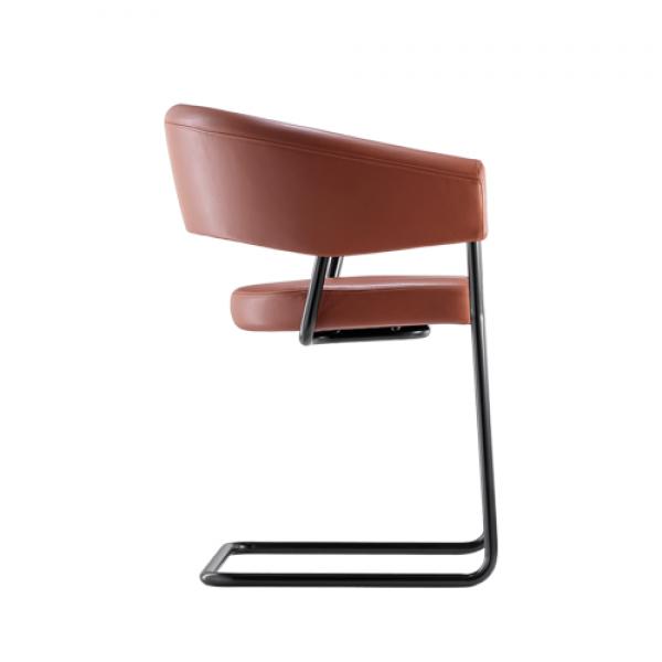 D9 chair